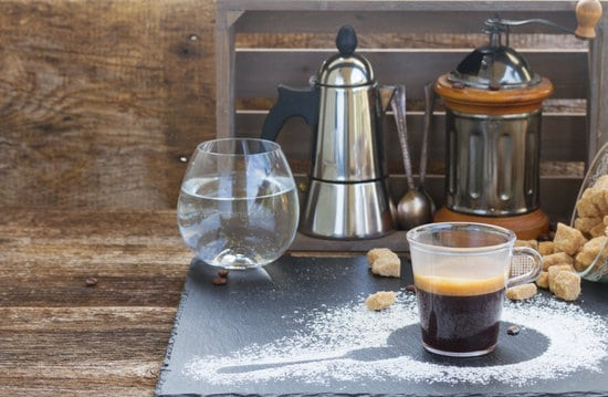 If you are a coffee lover who wants to make the perfect cup day in, day out, just consider buying the next few kitchen items.
