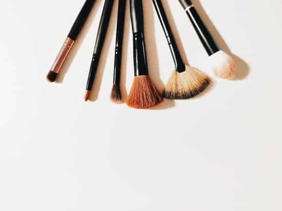 This does not mean that you cannot look awesome each and every day. #beauty #beautyroutine #busymom #workingmom #beautiful