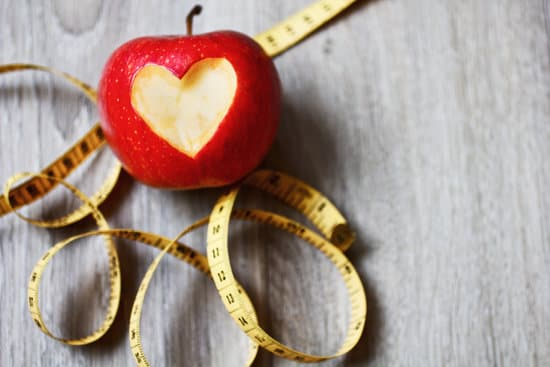 Below are some of the newest trendy weight loss diets, what you can eat with them, and how they help to lose weight.
