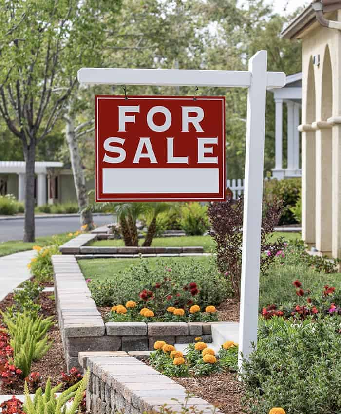 Real estate for rent signage