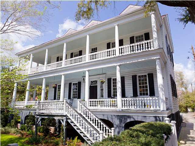 the home from The Notebook using shutters as part of their window treatements