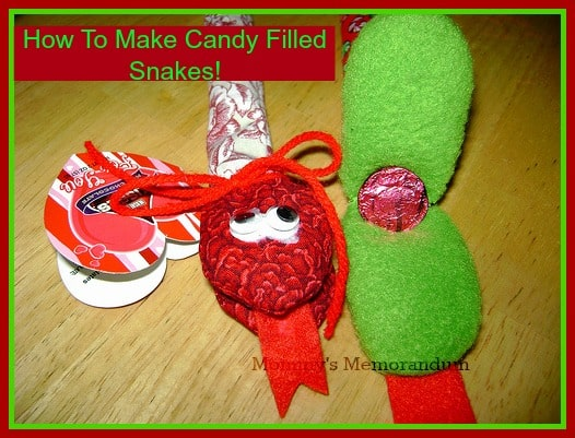 How to make candy filled snakes #tutorial #DIY #crafts #holiday