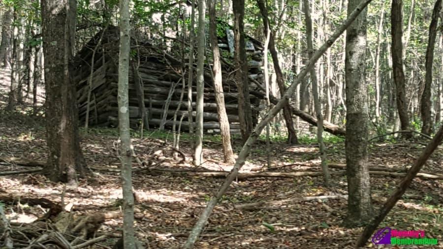 crossing-a-stream-on-the-appalachian-trail