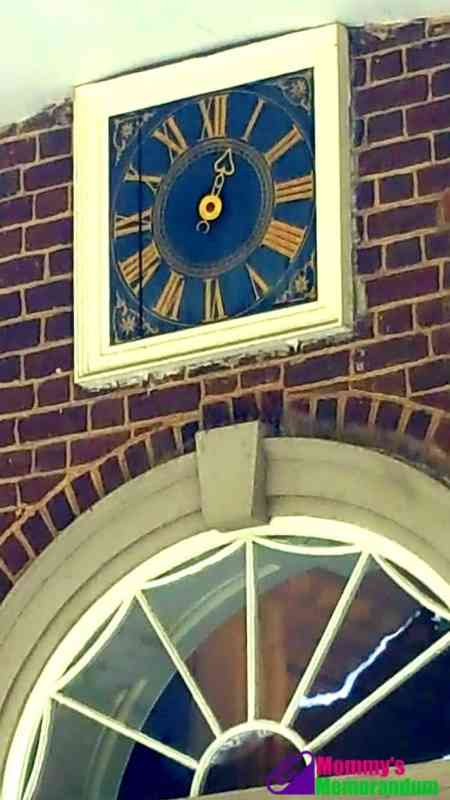 clock on porch of thomas jeffersons monticello