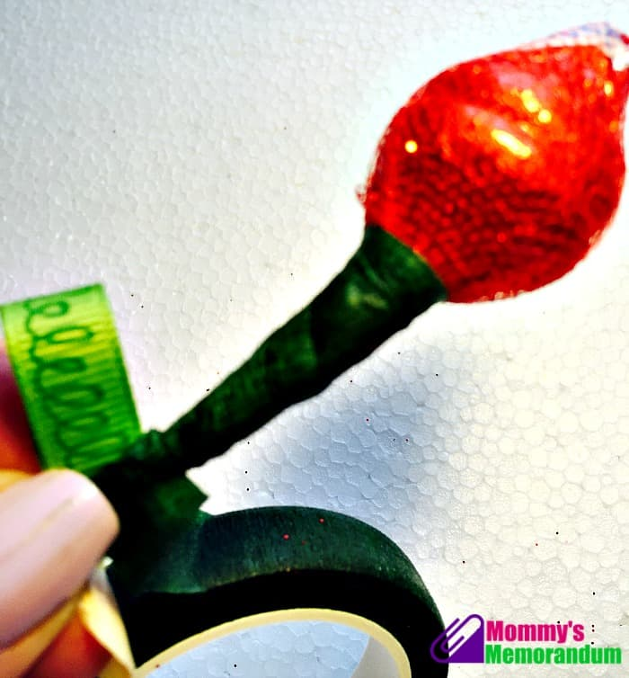 How to make a Hershey Kiss Rose hershey kisses roses wrapping the ribbon to the wire