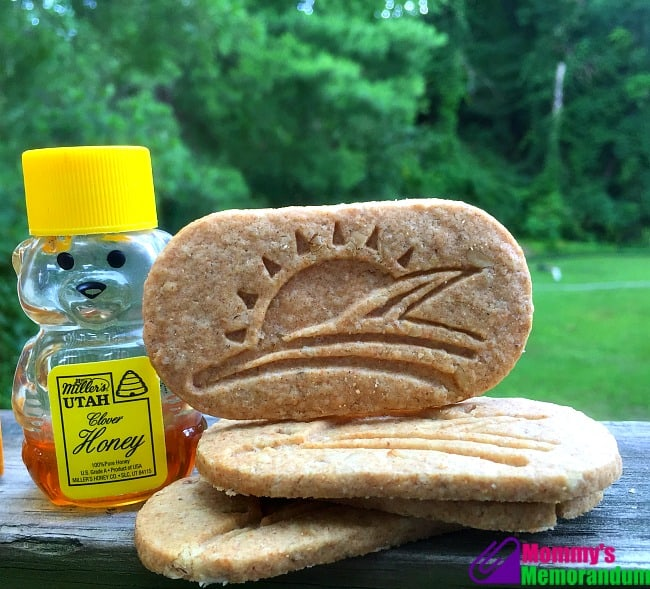 honey bunches of oats honey breakfast biscuits