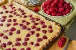 raspberry buttermilk slab pie