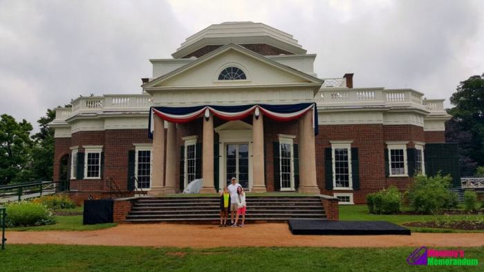 in front of thomas jefferson's monticello