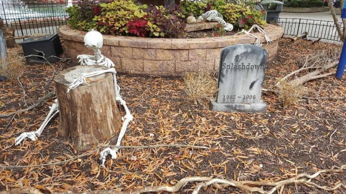 kings dominion haunt graveyard