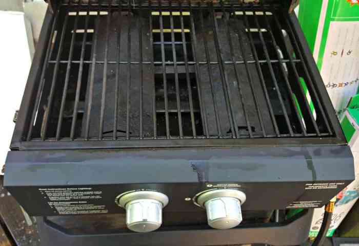 mean green auto and garage grill open after