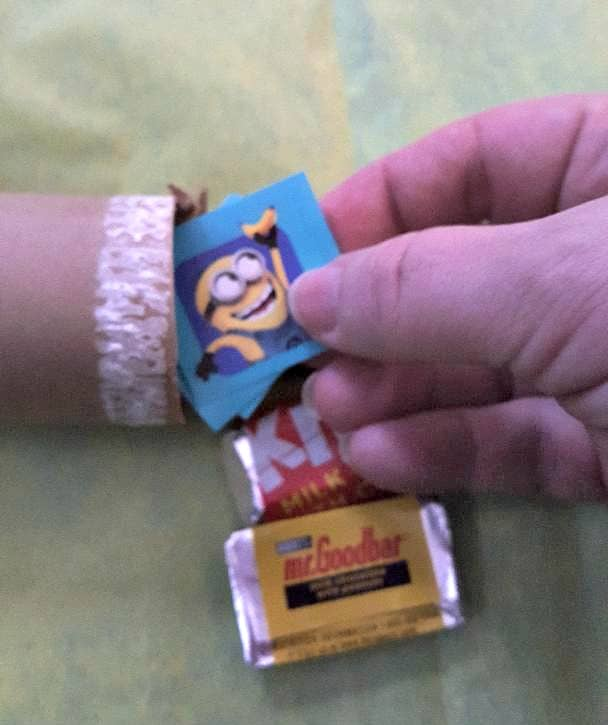 minion english crackers stuffing the tube