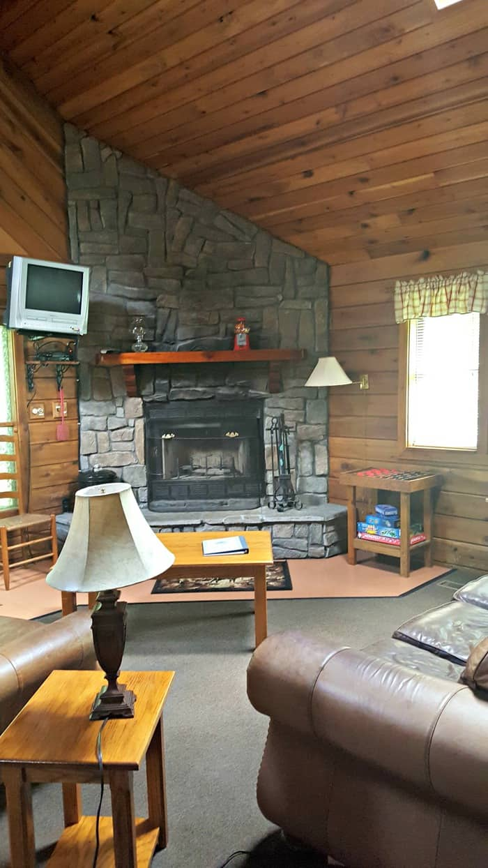 new river gorge cabins country roads fireplace