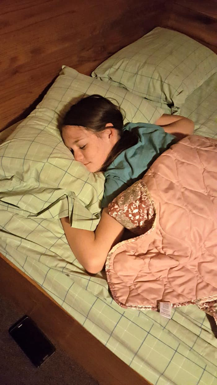 new river gorge cabins sleeping child