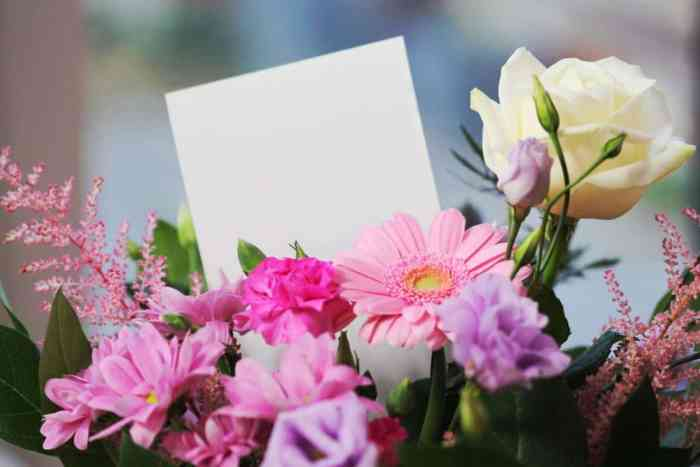 5 Reasons You Should Shop Flowers Online This Mother's Day