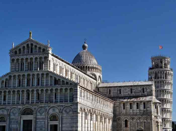 pisa-leaning-tower-dom-tuscany-45234