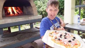Prepare Restaurant-Standard Pizza Using An Outdoor Oven