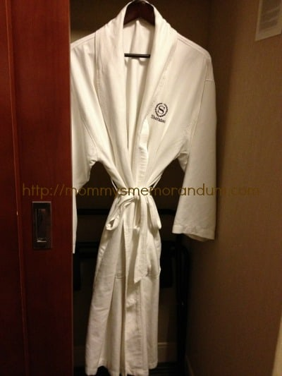 sheraton kansas city robe