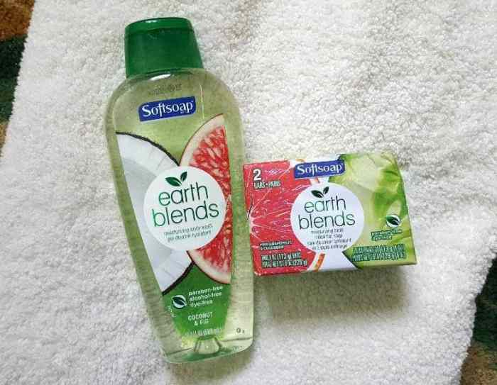 softsoap earth blends moisturizing bath wash