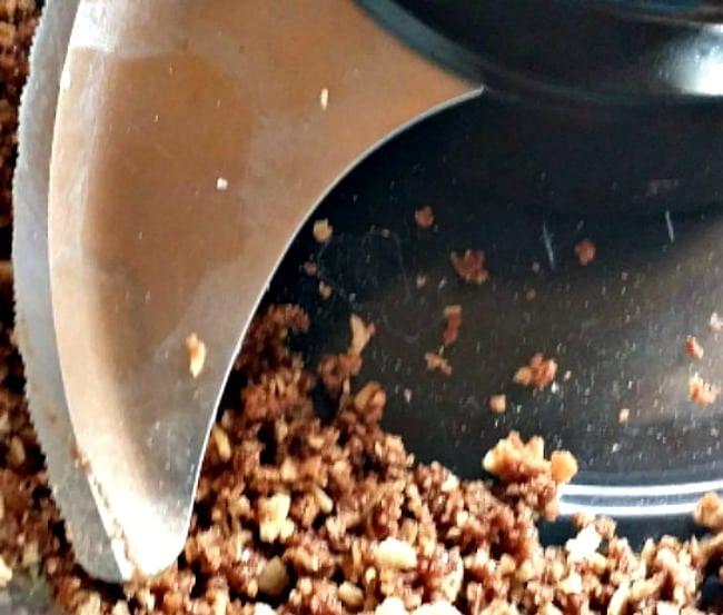 turn bahlsen cookies-to-dust-in-food-processor