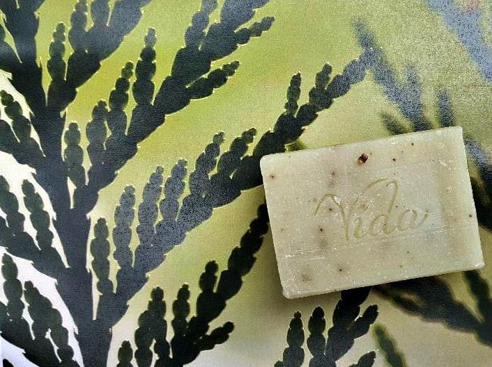 vida cedarwood oatmeal soap
