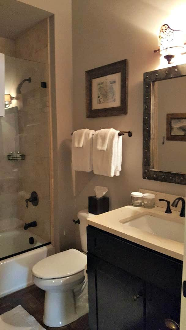 windsor boutique hotel bathroom in room 204