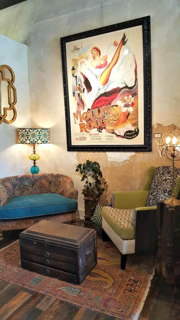 windsor boutique hotel lobby connects to desirant moulon rouge