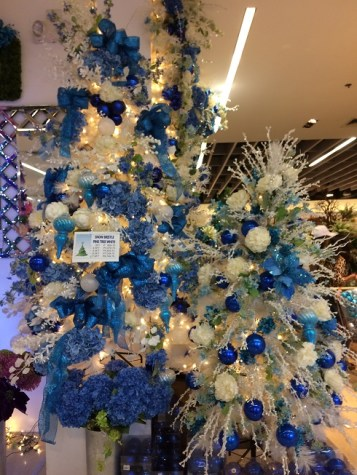 blue-and-white-1