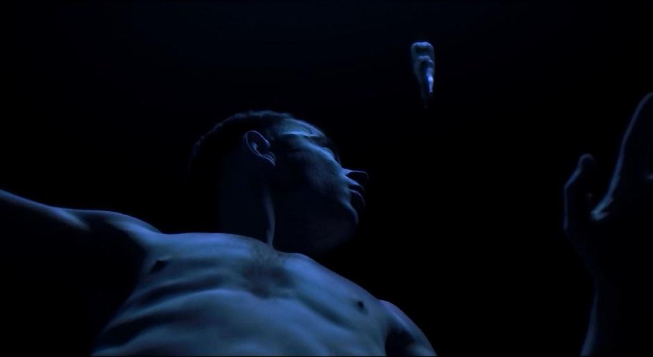 Under_the_Skin-2013_27-2