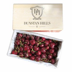 Dunstan Hills Lapin Red Cherry Gift Box 32mm