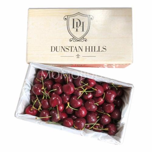 Dunstan Hills Lapin Red Cherry Gift Box 32mm