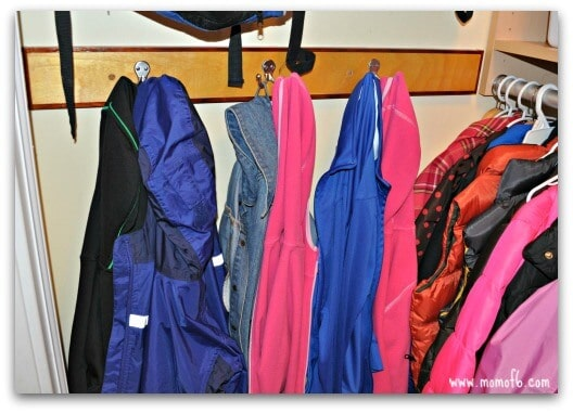 Kids Closet-hooks