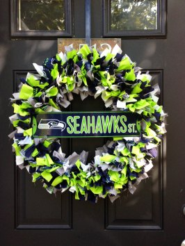 Seahawks wreath 2