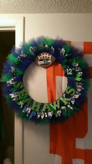 Seahawks wreath 4