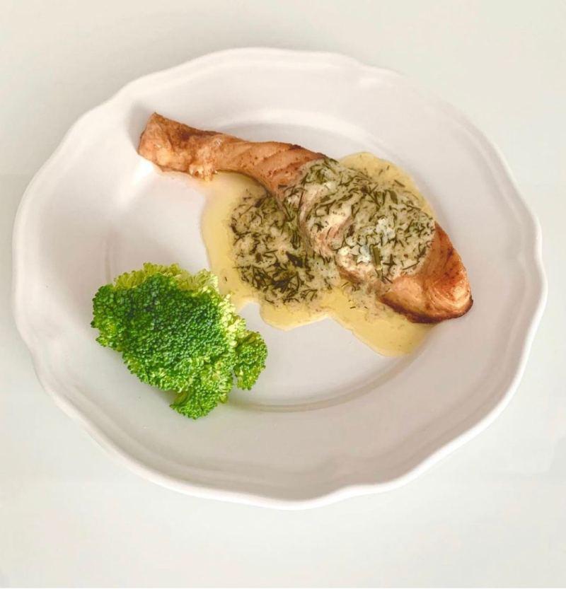 salmon in lemon cream sauce