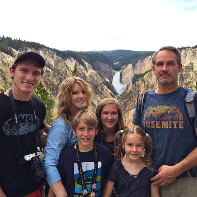 Family Yellowstone