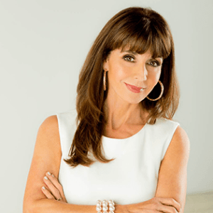 Etiquette Expert Diane Gottsman shares tips for keeping everyone healthy this holiday season.