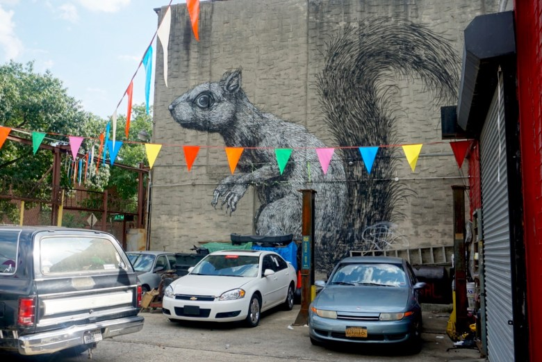 Street Art Roa, Williamsburg, Brooklyn, New York