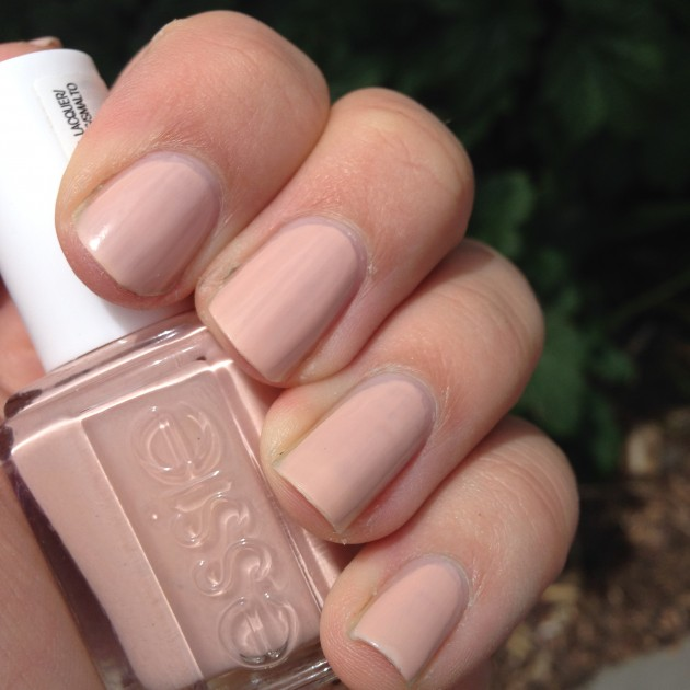 essie spin the bottle nail of the day notd
