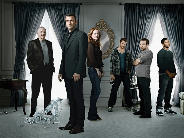 Jon Voight as Mickey Donovan, Liev Schreiber as Ray Donovan, Paula Malcomson as Abby Donovan, Dash Mihok as Bunchy Donovan, Eddie Marsan as Terry Donovan and Pooch Hall as Daryll in Ray Donovan