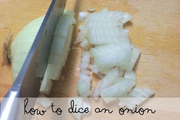 how to dice an onion without crying