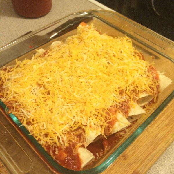 chicken enchiladas recipe - moms bistro - easy enchiladas - leftover chicken recipe - kid friendly recipe