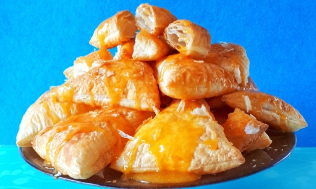 Turnovers with Egg Cream