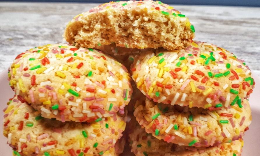 Easy Holiday Sprinkle Cookies