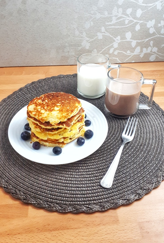 Coconut Flour fluffy pancakes are low carb, keto and sugar-free. Easy and quick to make, really is the best healthy breakfast!
