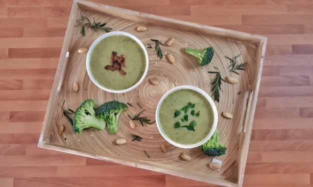Keto Creamy Broccoli Soup