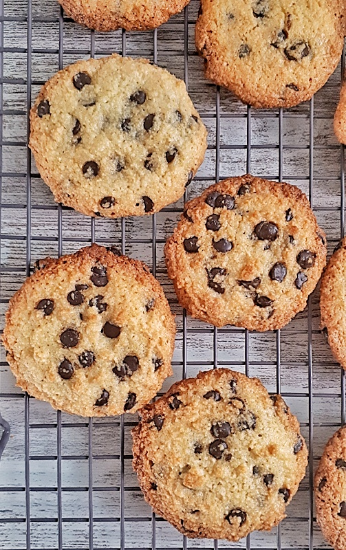Keto chocolate chip cookies have a little crisp in the edges but are soft and chewy on the inside. This easy recipe can be made in 30 minutes!