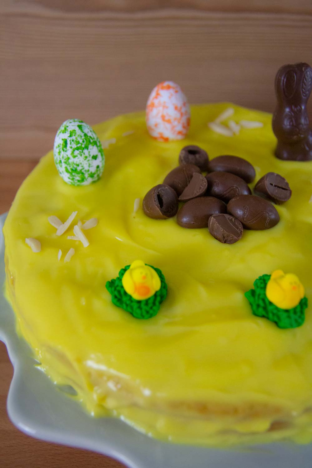 This Homemade Yellow cake is ultra-rich, moist, tender, and fluffy! This is perfect for a Birthday Cake or for any other celebration, like Easter.#cake #easter #eastercake