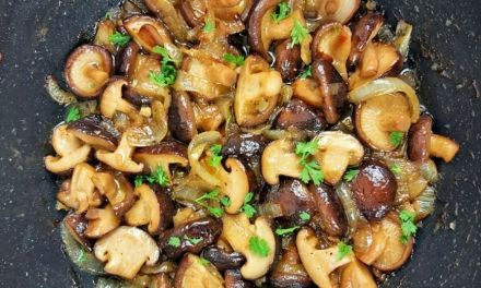 Best Sauteed Mushroom & Onions – Keto Low Carb Side Dish