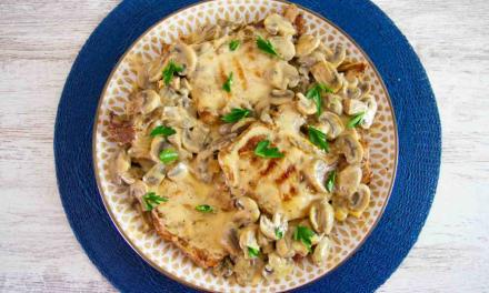 Pork Chops in Creamy Mushroom Sauce (Keto Low Carb Recipe)