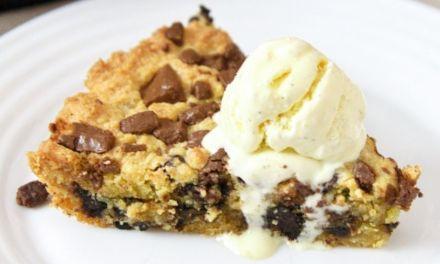 Best Keto Skillet Chocolate Chip Cookie Recipe